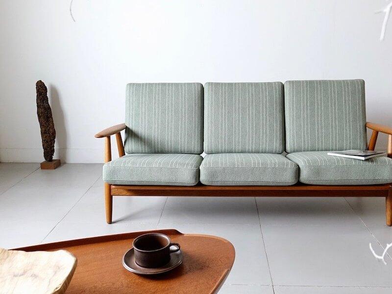 GE240 Sofa by Hans J. Wegner for GETAMA