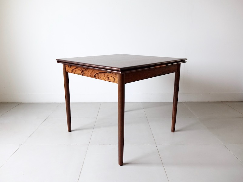 Square anonimous rosewood dining table