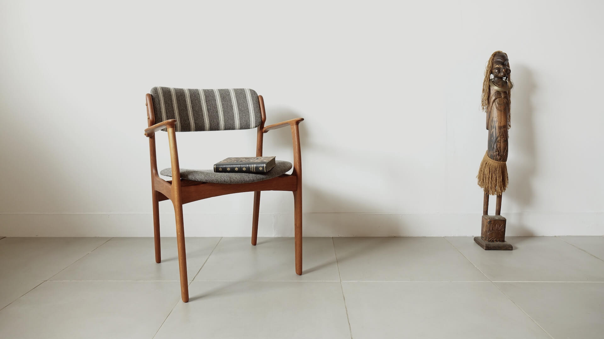 """Model.50"" Armchair in oak by Erik Buch"