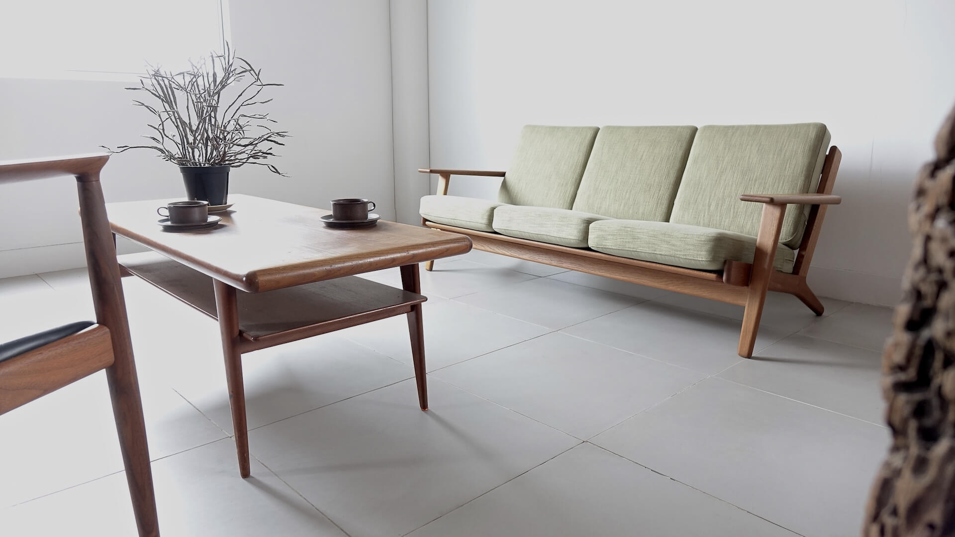 GE290 3-seater Sofa by Hans J. Wegner for GETAMA