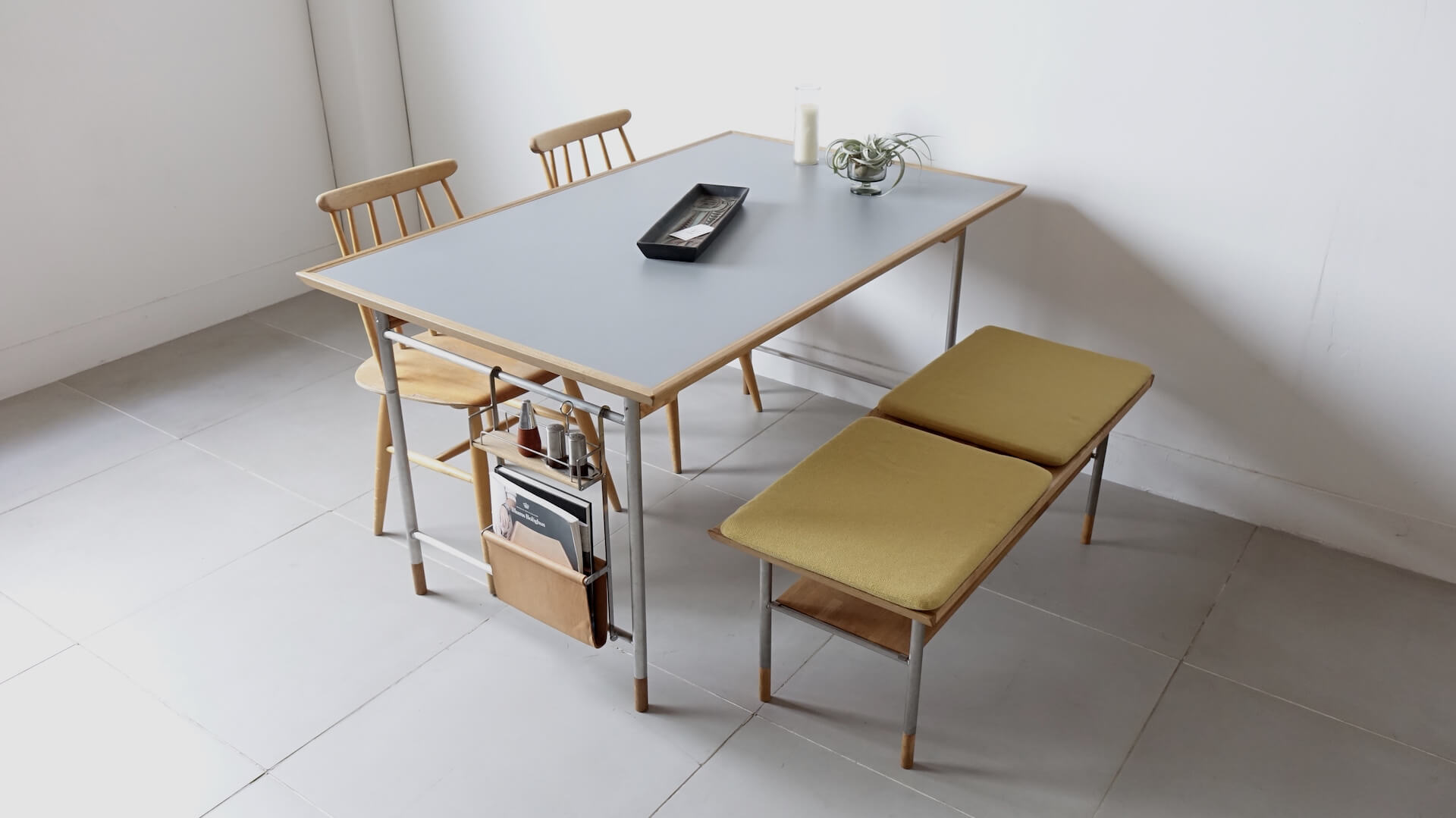 """Model. 25"" Dining table by Veronica"
