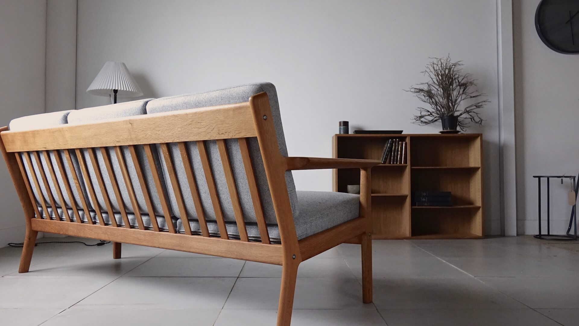 "Sofa ""GE265"" by Hans J. Wegner"